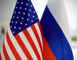 """Quan hệ Nga-Mỹ lại nóng lên vì """"cuộc chiến visa"""""""