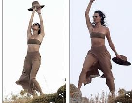 Alessandra Ambrosio khoe dáng thon trong kỳ nghỉ ở Hi Lạp