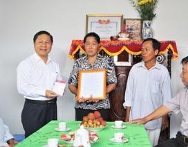 Bộ LĐ-TB&XH trao nhà tình nghĩa đến gia đình chính sách ở Vĩnh Long