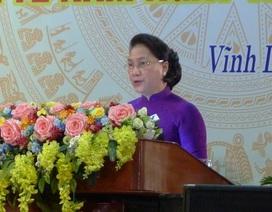 Chủ tịch Quốc hội: Không để gia đình người có công có mức sống thấp hơn cộng đồng dân cư
