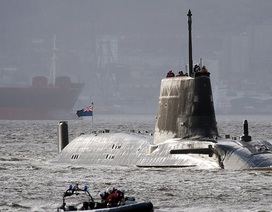 """Anh điều tàu ngầm hạt nhân, thủy quân lục chiến """"nắn gân"""" Iran"""