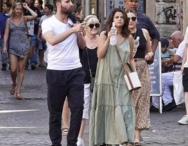 Selena Gomez đón sinh nhật tại Ý cùng bạn trai tin đồn