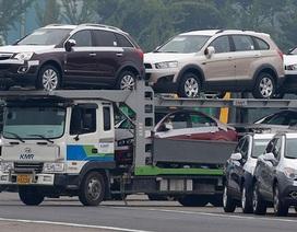 """Bất thường: Tồn kho, các ông lớn """"móc ngoặc"""" giảm lượng nhập, chặn đà hạ giá xe hơi"""