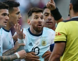 Chỉ trích thậm tệ về Copa America, Messi chính thức nhận án phạt