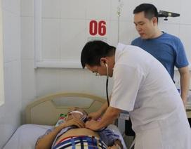 Bác sỹ vượt hàng chục cây số cứu sống bệnh nhân bị đột quỵ
