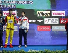 Các đối thủ từ chối đứng chung bục nhận huy chương với Sun Yang