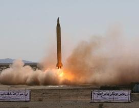 Iran bị nghi thử tên lửa đạn đạo bay xa 1.000 km