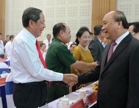 """Thủ tướng Nguyễn Xuân Phúc: """"Không chấp nhận những DN lợi dụng lỗ hổng pháp luật để trục lợi"""""""