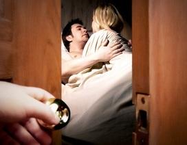 Bài học nhớ đời khi ngoại tình còn lưu bí mật trên smartphone