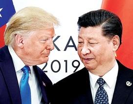 Ông Trump gây tranh cãi khi giáng đòn trừng phạt mạnh với Trung Quốc
