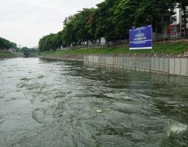 Hình ảnh sông Tô Lịch khi nước Hồ Tây cuồn cuộn đổ vào