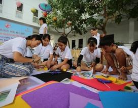 Sinh viên Hàn Quốc giao lưu cùng trẻ em khuyết tật Quảng Trị