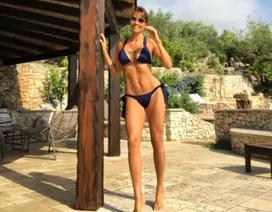 """Người đẹp Melanie Sykes """"thả dáng"""" với loạt ảnh bikini"""