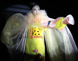 Ngắm thời trang độc đáo do chính học sinh Hà Nội thiết kế và trình diễn