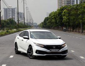 Honda Civic RS 2019 có gì cho người đam mê tốc độ?