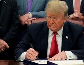 Ông Trump ký lệnh trừng phạt toàn bộ tài sản của chính phủ Venezuela tại Mỹ