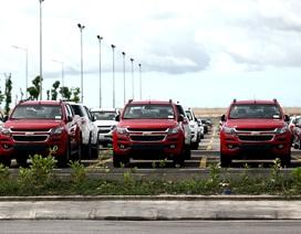 Ô tô nhập khẩu đều đặn vào Việt Nam