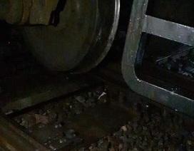 Tàu hỏa trật bánh, đường sắt Bắc - Nam tê liệt