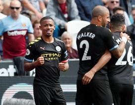 West Ham 0-5 Man City: Hat-trick của Sterling và dấu ấn của VAR