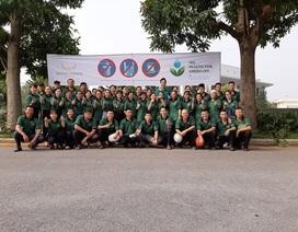 Nhân viên khách sạn Mường Thanh cùng tham gia chiến dịch làm sạch môi trường