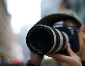 Canon thiết kế ống kính zoom có khẩu độ lớn chưa từng thấy