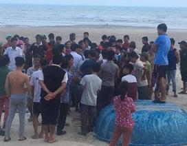 Vụ sóng biển cuốn trôi 11 người: Tìm thấy thi thể 2 du khách
