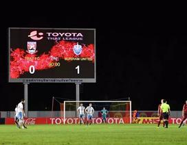 Phản ứng trọng tài, cầu thủ tự ý dừng trận đấu tại Thai League