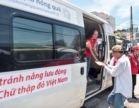 Hà Nội: Dùng xe buýt làm điểm trú nóng cho người lao động
