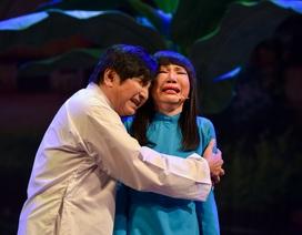 """NSƯT Thanh Kim Huệ và Chí Tâm lấy nước mắt khán giả trong vở """"Lan và Điệp"""""""