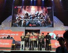 """Đương kim vô địch thế giới Team Flash """"gục ngã"""" trong trận chung kết Liên quân Mobile"""