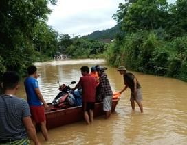 Đập tràn - Hiểm nguy rình rập mùa mưa lũ