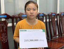 Bé gái sống sót vụ thiêu 4 người trong một gia đình tiếp tục được bạn đọc giúp đỡ hơn 200 triệu đồng