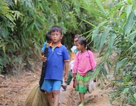 Nơi học sinh đến trường từ 4 rưỡi sáng, hàng trăm đứa trẻ thất học, mù chữ