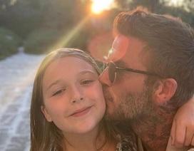 Victoria Beckham đưa con gái đi spa