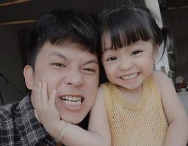 Anh trai chụp ảnh em gái kém 19 tuổi hết sức đáng yêu khiến dân mạng trầm trồ