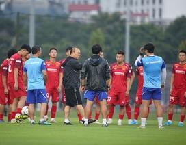 HLV Park Hang Seo nói điều bất ngờ về đồng nghiệp Akira Nishino