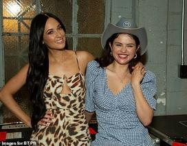 """Selena Gomez sắp thành """"bà chủ"""" hãng mỹ phẩm"""