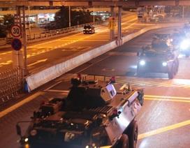 Trung Quốc luân chuyển quân tại Hong Kong giữa lúc biểu tình căng thẳng