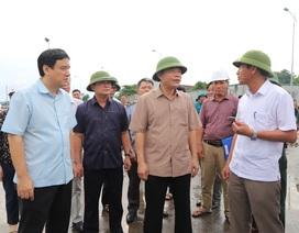 Bộ trưởng Nguyễn Xuân Cường kiểm tra công tác phòng chống bão số 4 tại Nghệ An
