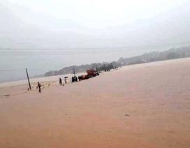 Thanh Hóa nhiều nơi ngập lụt, có chỗ nước lũ dâng cao cả mét