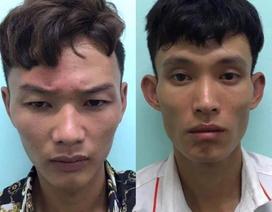 Hà Nội: Hai thanh niên đập kính nhiều ô tô trộm cắp tài sản