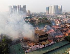 """Bộ trưởng Trần Hồng Hà: """"Cung cấp thông tin minh bạch vụ cháy nhà máy Rạng Đông"""""""