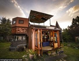 """Cặp vợ chồng biến chiếc xe tải cũ thành """"tòa lâu đài di động"""""""