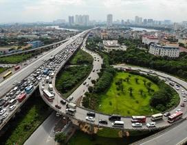 Cảnh đoàn xe ùn tắc hàng km ở cửa ngõ phía Nam Hà Nội