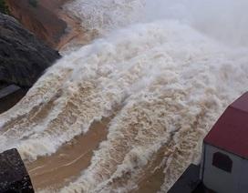 Sau Hố Hô, nhà máy thủy điện thứ 2 ở Hà Tĩnh xả lũ