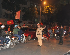 Huy động cảnh sát chống đua xe, ghi hình vi phạm sau trận Việt Nam - Thái Lan