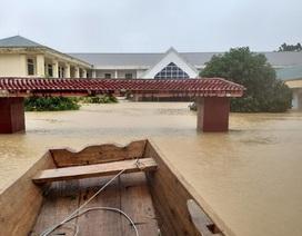 Cận cảnh trường học ở Hương Khê bị lũ nhấn sâu hàng mét