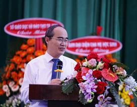 Bí thư Nguyễn Thiện Nhân dự khai giảng tại Trường THPT Lê Quý Đôn