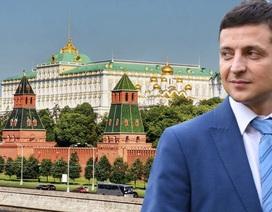 Nga - Ukraine: Cánh én báo mùa Xuân