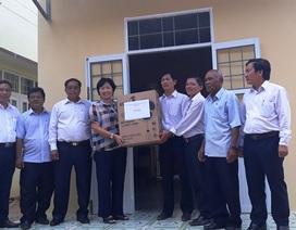 """Bình Định: Bàn giao bếp ăn do bạn đọc Dân trí xây tặng thầy cô giáo """"gieo chữ"""" ở vùng cao"""